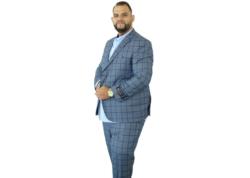 külsejű férfi öltöny berlin társkereső 60+