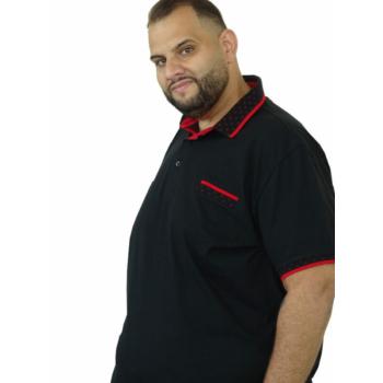 T. Fekete, zsebes galléros rövid ujjú póló