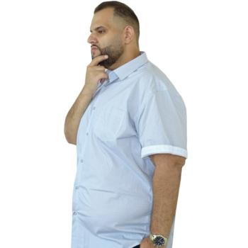 T. Fehér-világoskék mintás rövid ujjú ing