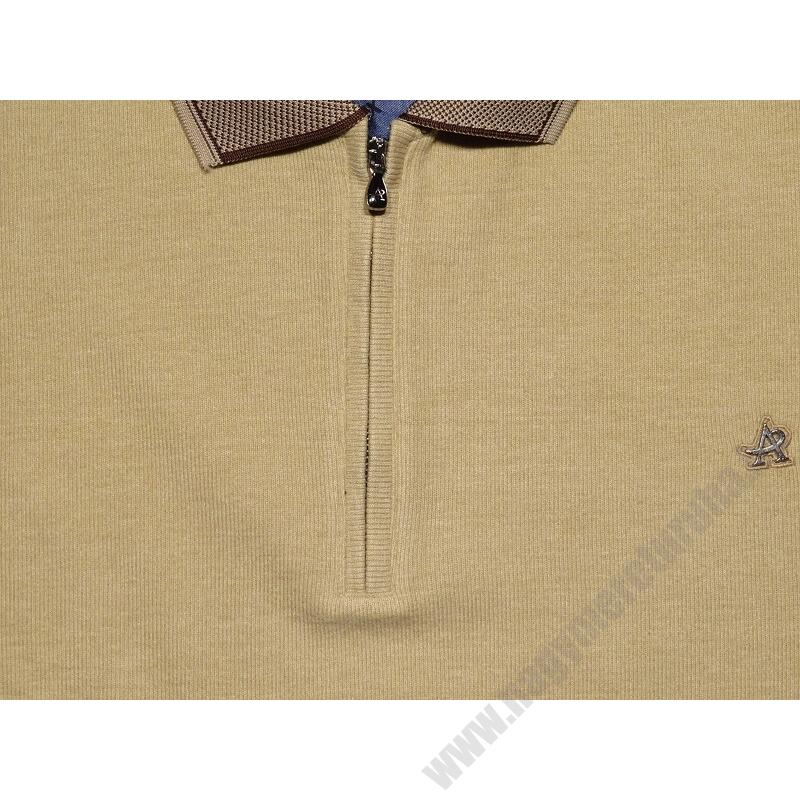 a-ferfi-nagymeretu-bezs-feligcipzaras-galleros-pulover3