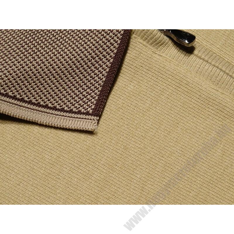 a-ferfi-nagymeretu-bezs-feligcipzaras-galleros-pulover4