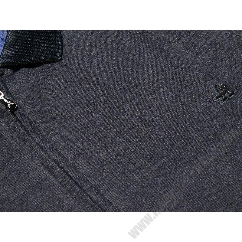 a-ferfi-nagymeretu-szurke-feligcipzaras-galleros-pulover2