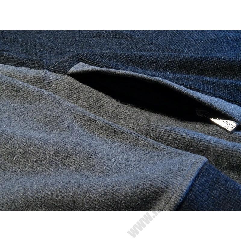 a-nagymeretu-ferfi-szurke-cipzaras-pulover3