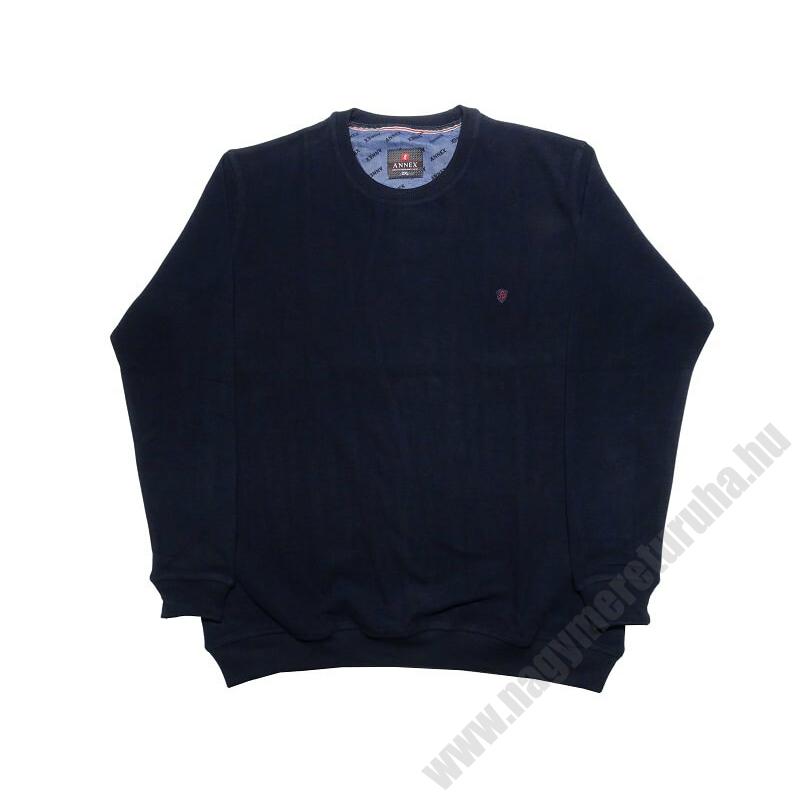 a-nagymeretu-kerek-nyaku-sotetkek-pulover1